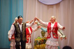 Районный фестиваль творчества пожилых людей «Родники Урала» вновь собрал творческих и активных жителей Красноуфимского района.
