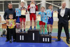 Юные жители Красноуфимского района одержали победы в открытом турнире по вольной борьбе